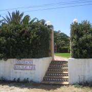 Der private Eingang vom Strand zur Anlage