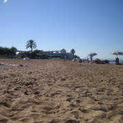 Der Strand direkt an der Anlage